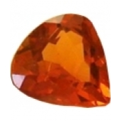 Grenat hessonite taille coeur a facettes 6x6 mm  0.75 carat