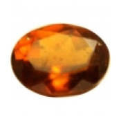 Grenat hessonite taille ovale a facettes 10x8 mm  3.25 carats