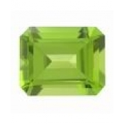 Peridot naturel taille emeraude 8x6 mm 1.55 carats