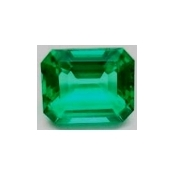 Emeraude de synthese hydrothermale octagonale  7x5 mm 0.92 carat