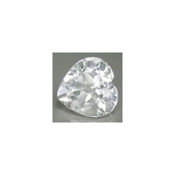 Topaze blanche taille coeur a facettes 7x7 mm 1.37 carats
